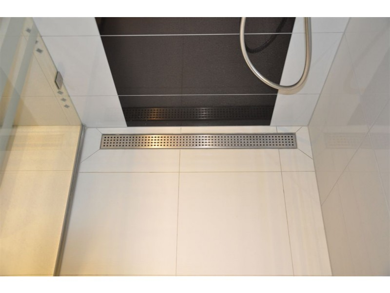 Linear Stainless Steel Wall Shower Drains With Curved